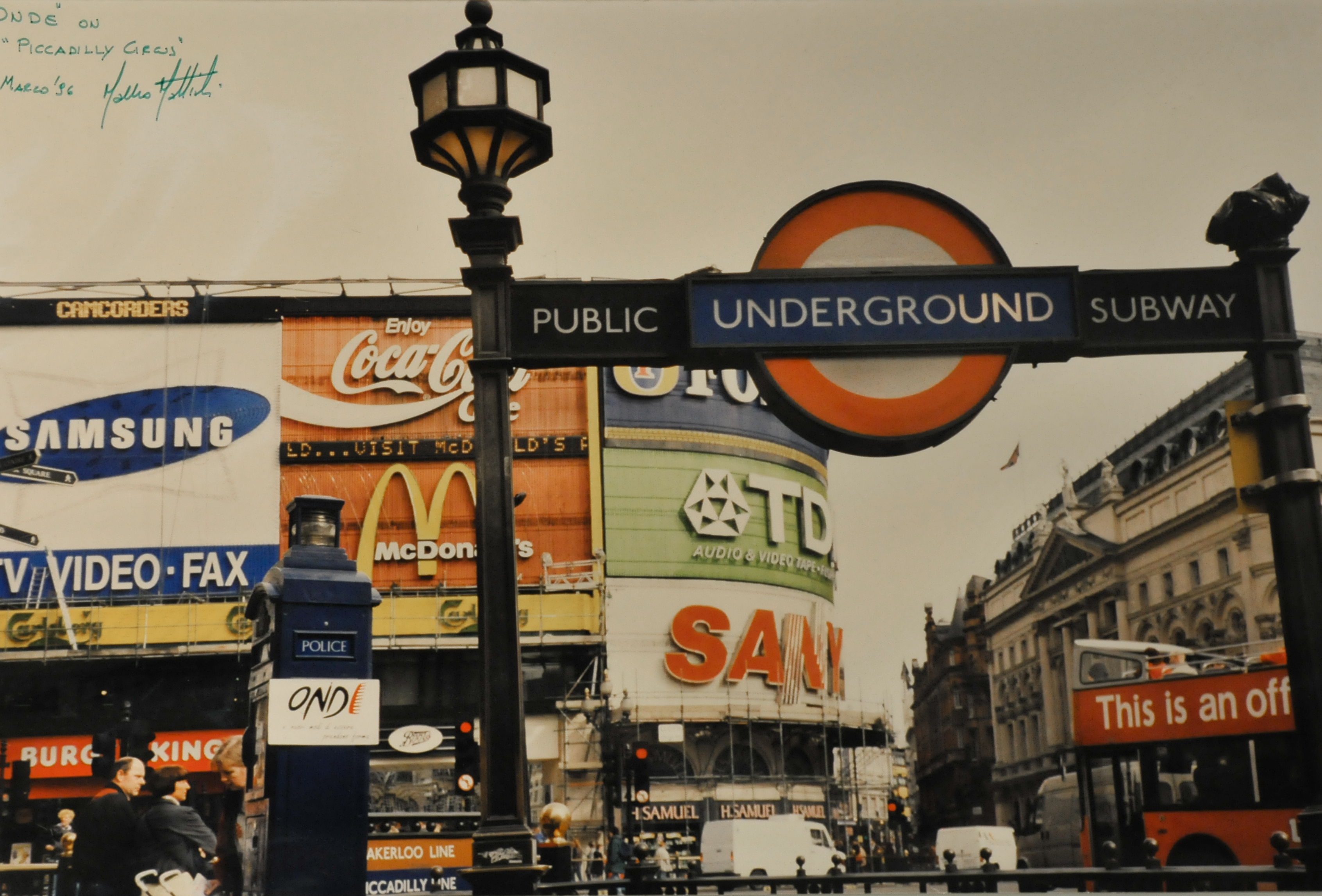 Piccadilly Circus - (Londra)