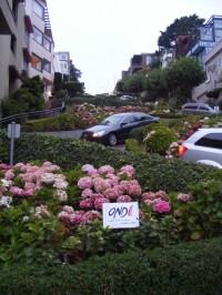 Lombard Street (San Francisco, U.S.A.)